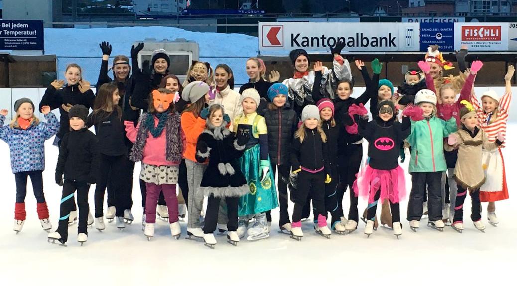 Fasnachtsstimmung bei den Eisläuferinnen