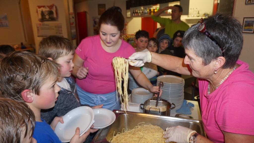 Spaghettiplausch im Buchholzstübli