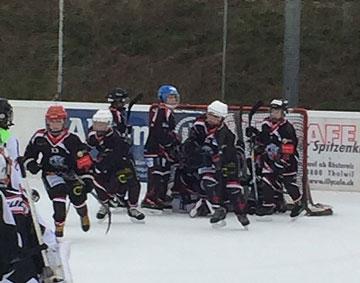 Feierten die ersten zwei Saisonsiege: Die Piccolo B1/B2 in Thalwil.