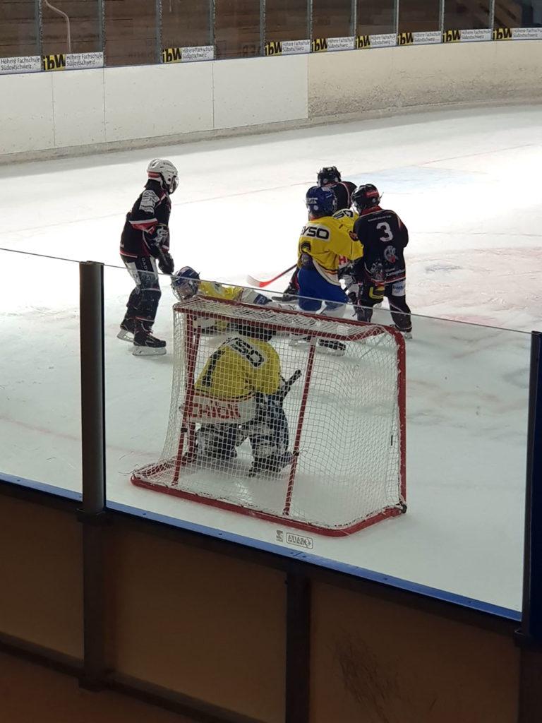 Gegen den EV Dielsdorf-Niederhasli gabs für die Bambini I gleich ein 18:0-Sieg. Foto Natalie Giger